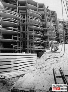 Rendon renoveert: die fledermaus bouw Eindhoven in Beeld foto